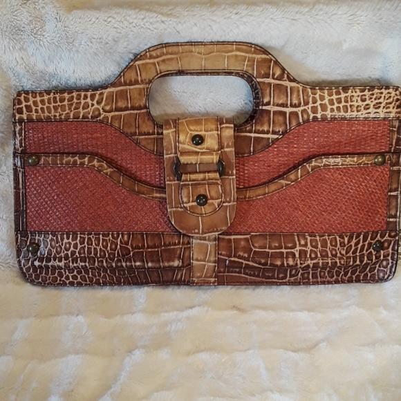 Tre Vero leather large clutch / handbag designer